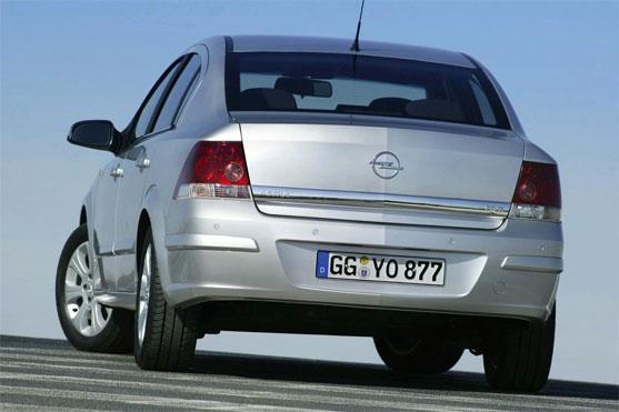 Opel Astra Family Sedan